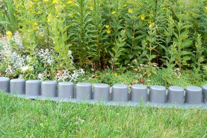 Prosperplast plastový obrubník, zahradní plastové obrubníky do zahrádky, plastové obruby záhonů, zahradní obruba, zahradní palisády, zahradní plastový obrubník, obrubníky záhonů z umělé hmoty, zahradní palisáda, obruba zahonova, plastové obrubníky, obrubn