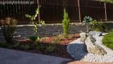Prima-květináče tkaná textilie, tkané mulčovací zahradní textilie, stinici tkanina proti plevelům, pod mulčovací kůru, pod jahody, tkaná agrotextilie zakrývací folie, tkaná mulčovací textilie role, zakrývací fólie, textilie proti prorůstání samozavlažovací plastové venkovní závěsné