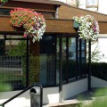 Prima-květináče samozavlažovací květinový truhlík na zeď – moderní, velké truhlíky na zeď, květináče na stěny, nástěnné květníky Green City samozavlažovací plastové venkovní závěsné