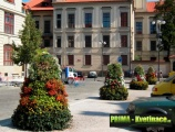 Prima-květináče květinová vertikální pyramida, květinové věže do měst a obcí, květinová sestava – moderní výzdoba veřejných prostranství samozavlažovací plastové venkovní závěsné