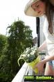 Prima-květináče kvalitní závěsné květináče na zábradlí a balkóny, květináč na balkonové zábradlí ELHO samozavlažovací plastové venkovní závěsné