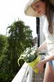 Prima-květináče závěsné květináče na zábradlí a balkóny truhlík na balkonové zábradlí ELHO samozavlažovací plastové venkovní závěsné